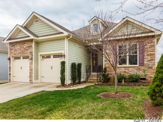 27 Dreambird Rd, Leicester, NC 28748
