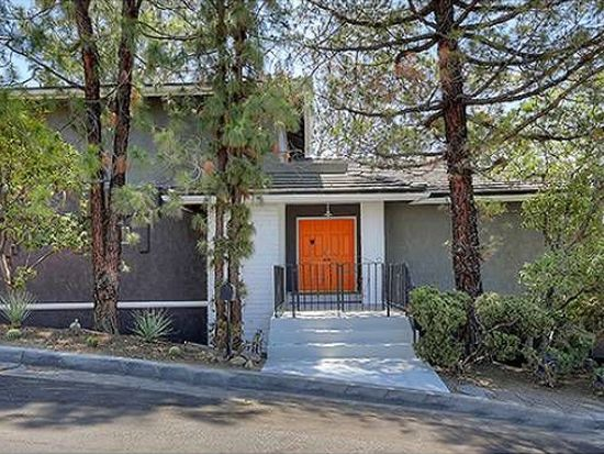 10040 Olivia Ter, Sun Valley, CA 91352