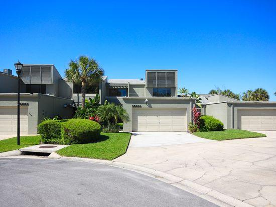 13635 Twin Lakes Ln, Tampa, FL 33618