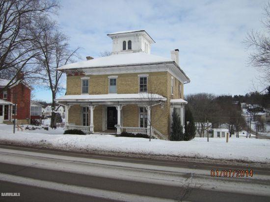 105 N Clay St, Mount Carroll, IL 61053
