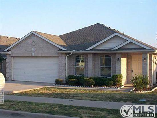 3700 Verde Dr, Fort Worth, TX 76244