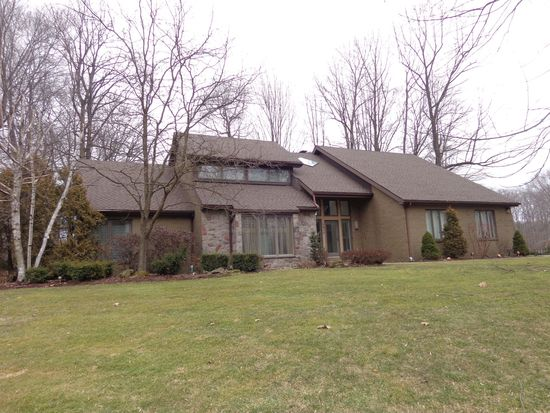 3683 Mcconnell Rd, Hermitage, PA 16148