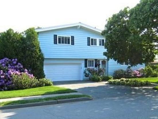 11 Summit View Dr, Swampscott, MA 01907