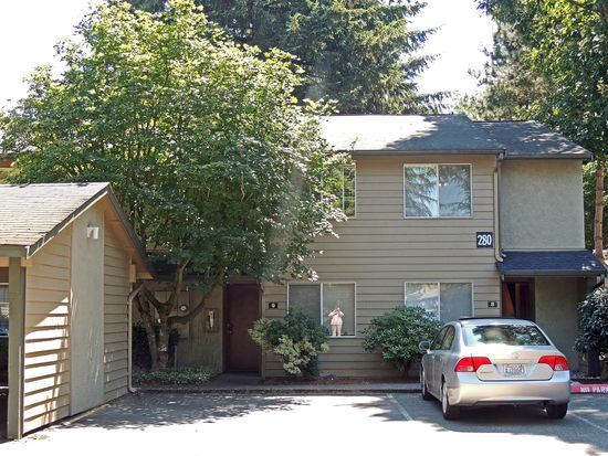280 Newport Way NW APT 8, Issaquah, WA 98027