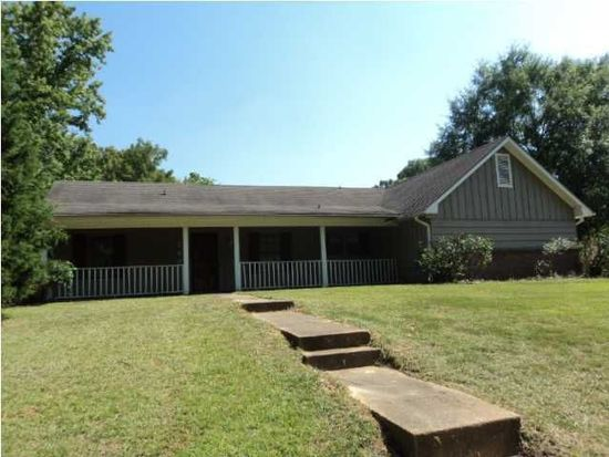 247 Twin Oaks Dr, Jackson, MS 39212