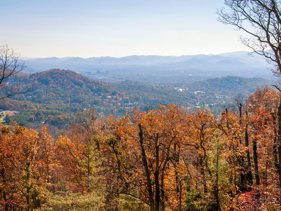 11 Elk Mountain Scenic Hwy, Asheville, NC 28804