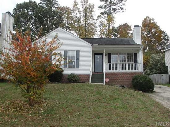 3909 Old Coach Rd, Raleigh, NC 27616