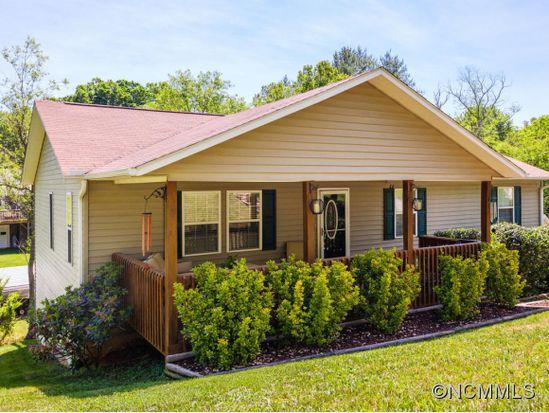 41 Melton Rd, Candler, NC 28715