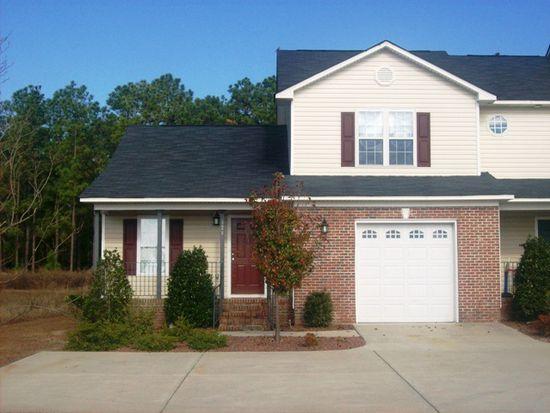 428 Culloden Pl, Hope Mills, NC 28348