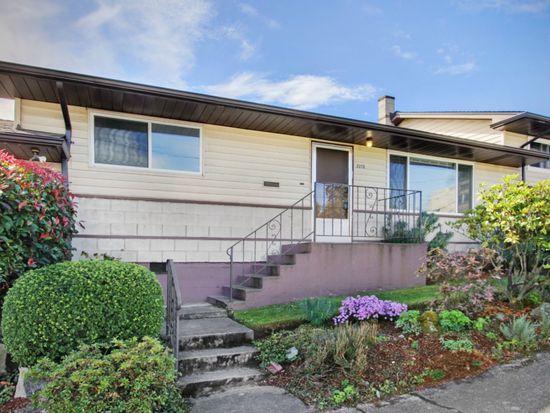 2213 E Thomas St, Seattle, WA 98112