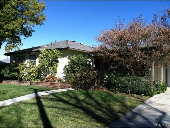 819 Serpentine Dr, Redlands, CA 92373