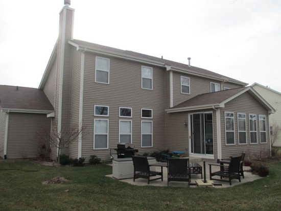 2508 Wall St, Mchenry, IL 60051