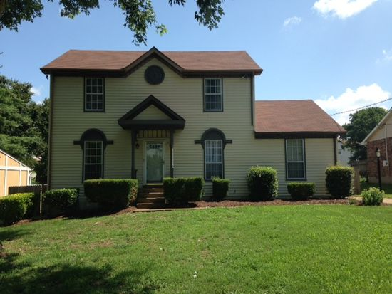 1013 Carriage Way Ct, Hermitage, TN 37076