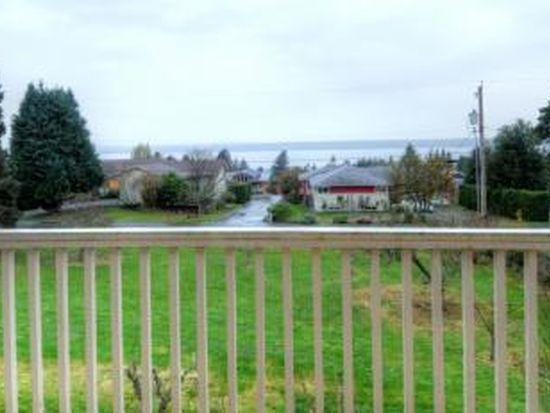 18630 2nd Ave SW, Normandy Park, WA 98166