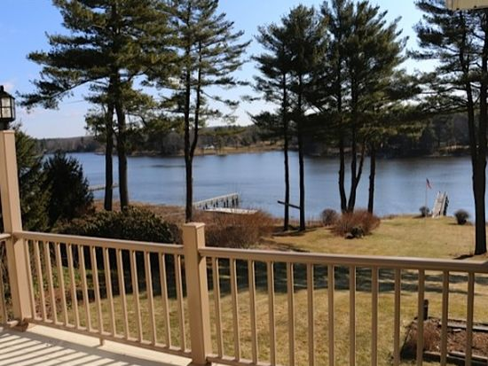 10A Roberts Rd, Dover, NH 03820