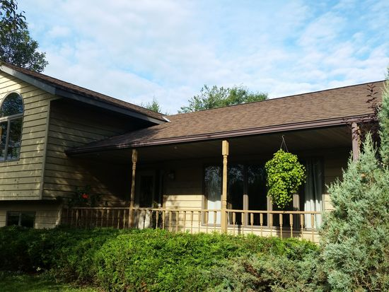 142 E Garvin Heights Rd, Winona, MN 55987