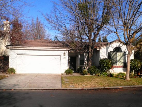 3085 Carousel Cir, Stockton, CA 95219