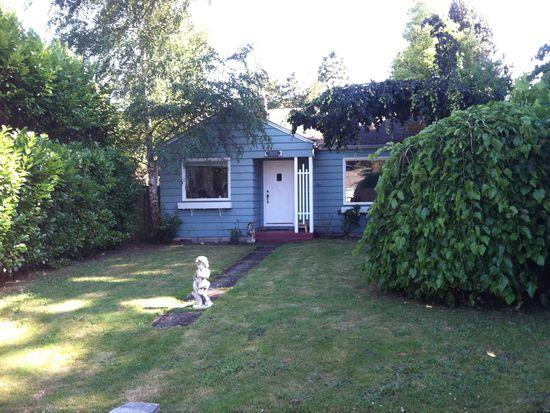 1025 NE 96th St, Seattle, WA 98115