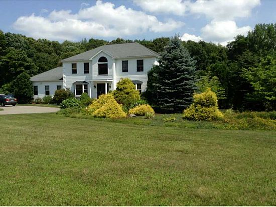 210 Twin River Rd, Lincoln, RI 02865