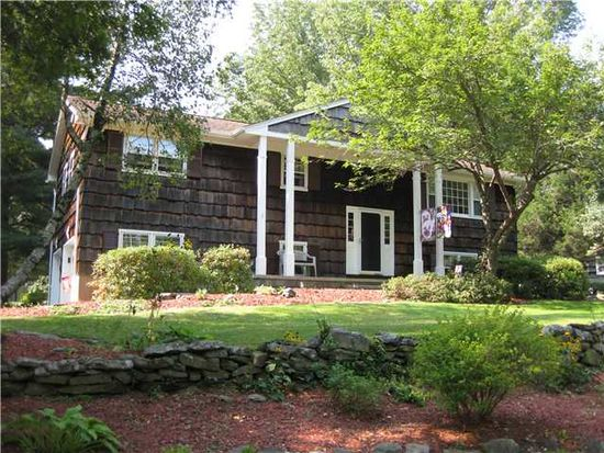 5 Thistle Ln, Middletown, NY 10940