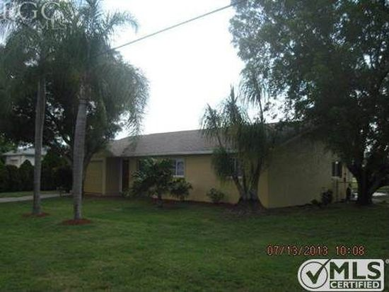 319 SE 7th Pl, Cape Coral, FL 33990