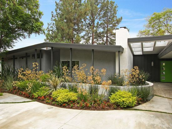 11524 Amanda Dr, Studio City, CA 91604