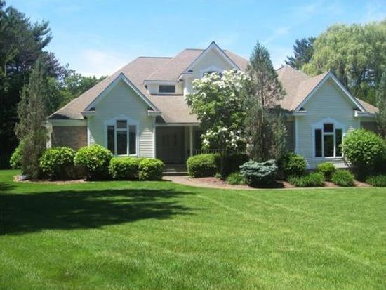 7 Partridge Hill Rd, Andover, MA 01810