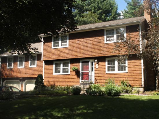 10 Hickory Hill Dr, Londonderry, NH 03053