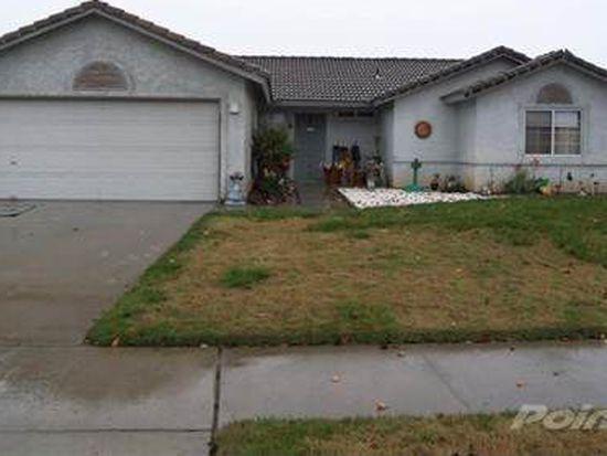 400 Riviera Dr, Lemoore, CA 93245