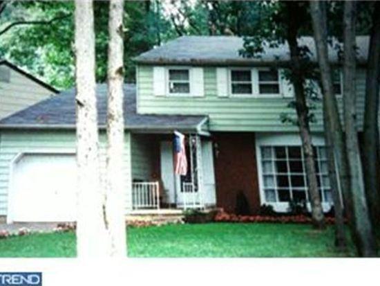 49 White Birch Rd, Turnersville, NJ 08012