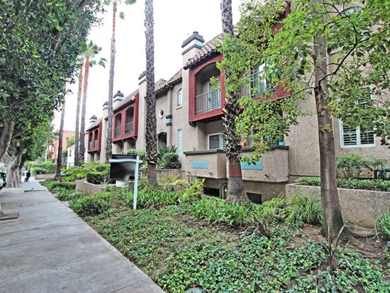 1957 N Bronson Ave APT 103, Los Angeles, CA 90068