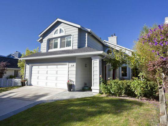 30 River Oaks Rd, Half Moon Bay, CA 94019