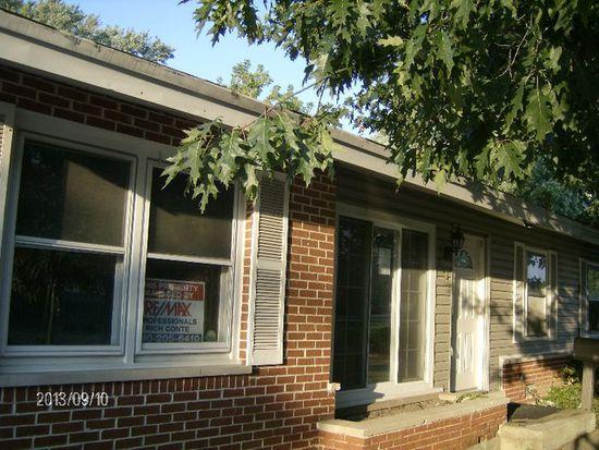 334 Landmeier Rd, Elk Grove Village, IL 60007