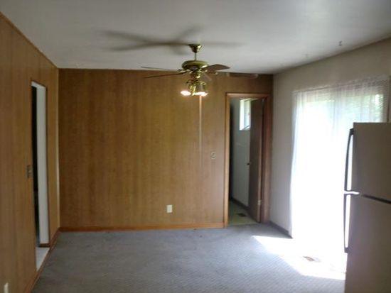 835 Windsor Rd, Terre Haute, IN 47802