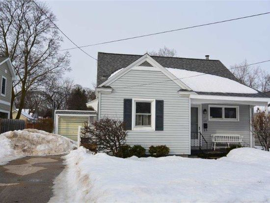1110 Randolph St, Traverse City, MI 49684