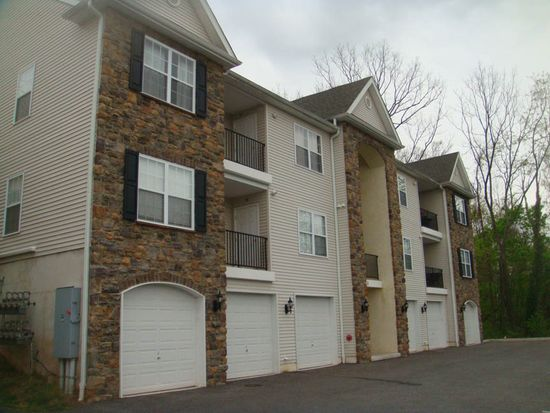 131 1st Ave APT 12, Collegeville, PA 19426