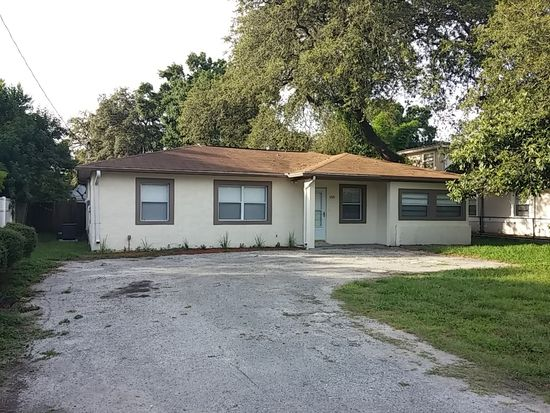 1721 W Followthru Dr, Tampa, FL 33612