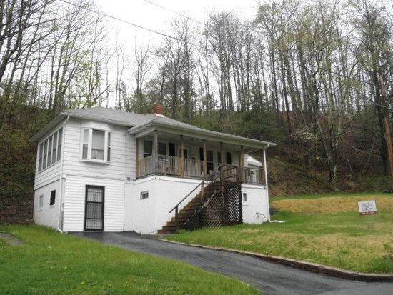 1154 Pen Mar Ave, Bluefield, WV 24701