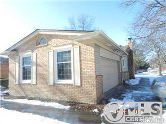 30947 Hunters Whip Ln, Farmington Hills, MI 48331