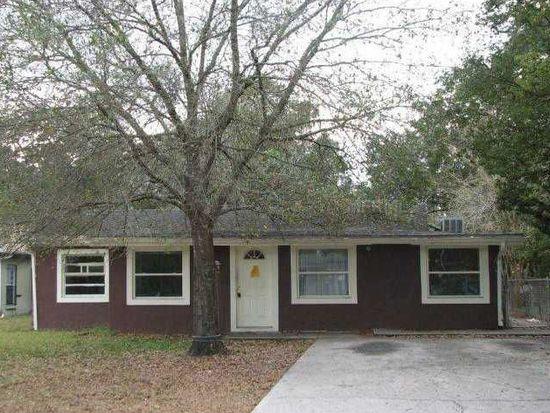 8510 El Portal Dr, Tampa, FL 33604