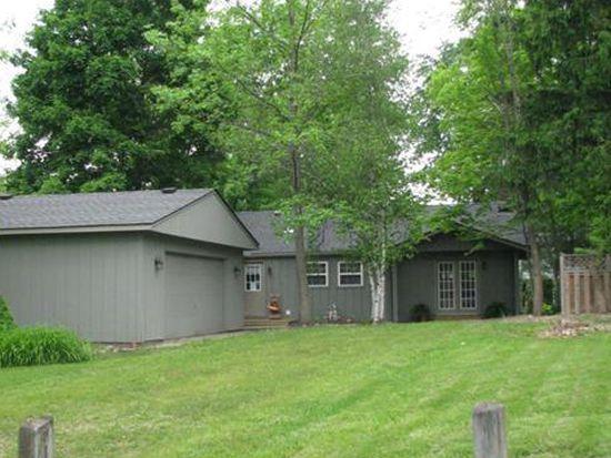 108 Beau Bay Blvd, Chippewa Lake, OH 44215