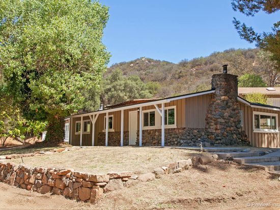 11401 Betsworth Rd, Valley Center, CA 92082