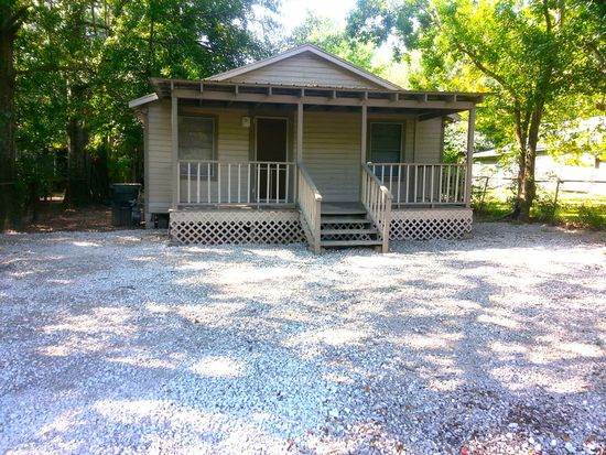 305 W Foch St, Prichard, AL 36610