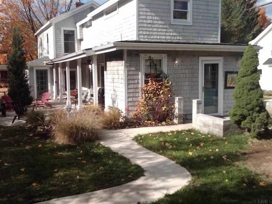 34 Warren St, Saratoga Springs, NY 12866
