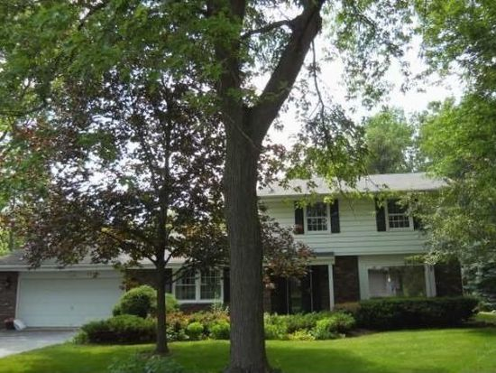 285 S Beaumont Ave, Brookfield, WI 53005