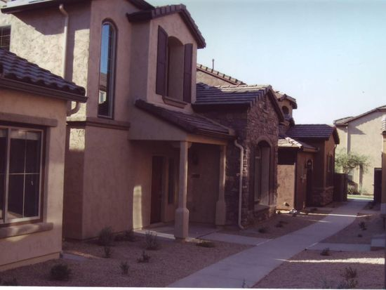 3977 E Cat Balue Dr, Phoenix, AZ 85050