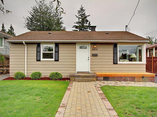 4209 SW 102nd St, Seattle, WA 98146