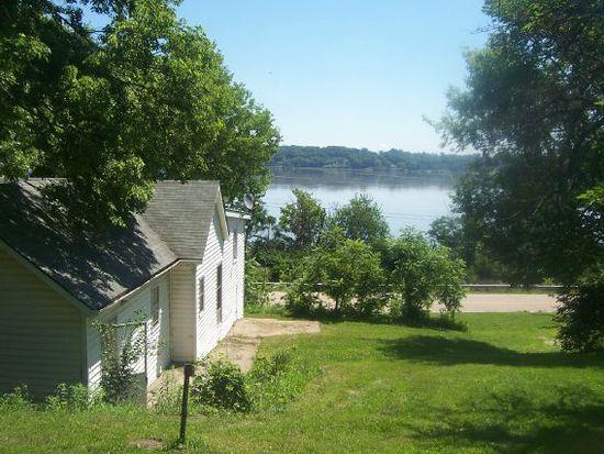 3145 Mississippi River Rd, Montrose, IA 52639