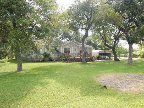 2910 Shady Creek Ln, Oyster Creek, TX 77541