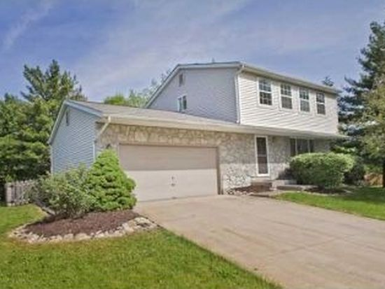 8809 Curran Point Ct, Powell, OH 43065